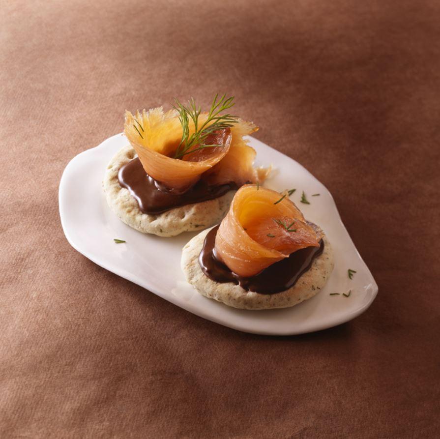 blinis-saumon-fume-sauce-chocolat-gingembre-recette-cuisine
